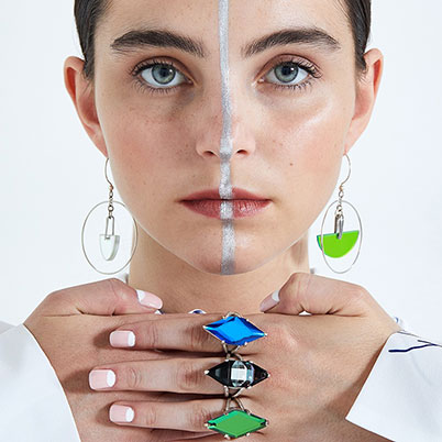 Idol Light - Using scientific glass in sustainable ways to create color-changing jewelry